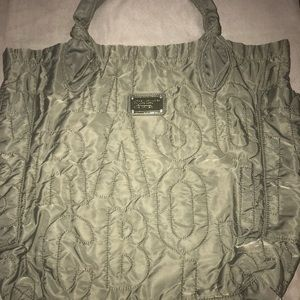 MARC BY MARC JACOBS EXTRA LARGE TOTE